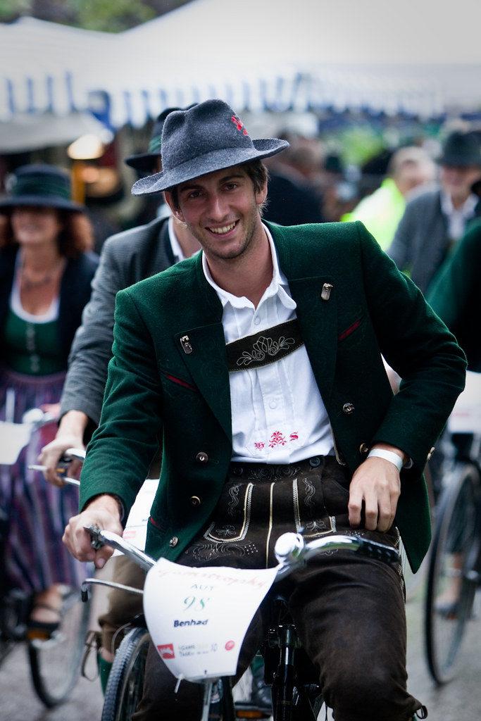 Folk costumes still worn Europe bad goisern austria2