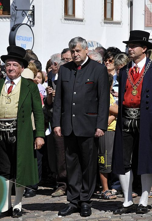 european countries still use traditional clothes italy val gardena 2 com