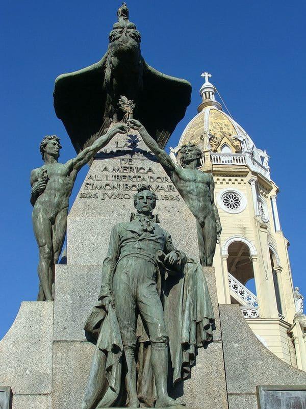 simon bolivar facts statues world panama 2