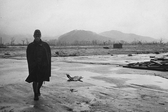 hiroshima nagasaki bombing pictures desolation a