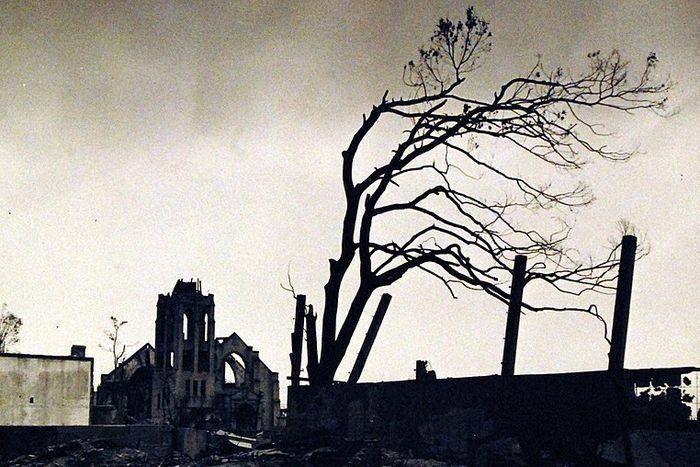 hiroshima nagasaki bombing pictures desolation