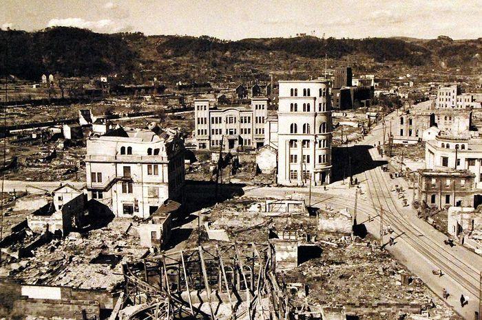 hiroshima nagasaki bombing pictures nagasaki destruction 5a