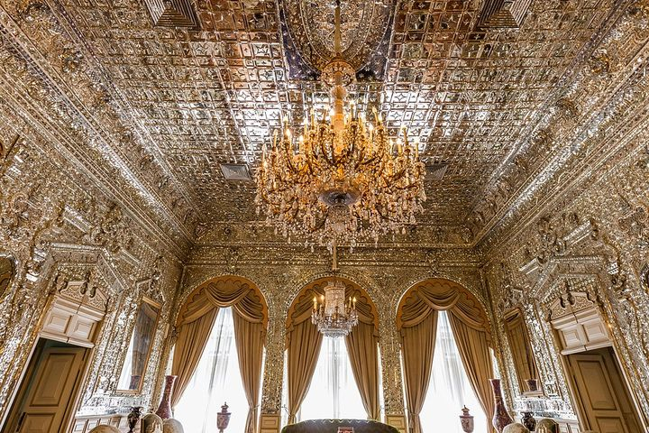 Interiors. Richly decorated palace room. The ceiling and walls are covered with crystals.