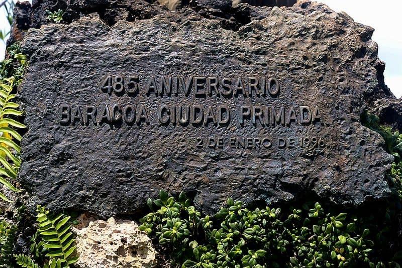 A stone with an inscription.